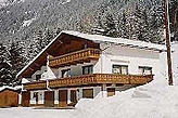 Family pension Sankt Leonhard Austria