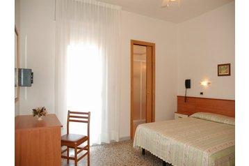 Hotel 8429 Caorle: hotels Caorle - Pensionhotel - Hotels