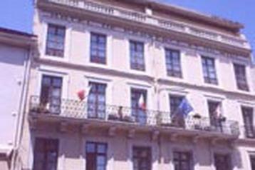 Hotel 8889 Nîmes