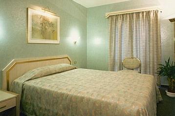 Hotel 9081 Bruxelles v Bruselj – Pensionhotel - Hoteli