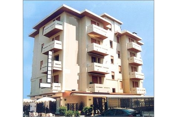 Hotel 9889 Sottomarina - Pensionhotel - Hotels