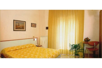 Hotel 10780 Sottomarina: hotels Sottomarina - Pensionhotel - Hotels