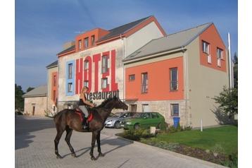 Hotel 12966 Zavar