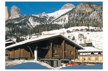 Pension 13314 Campitello di Fassa: pension in Campitello di Fassa - Pensionhotel - Guesthouses