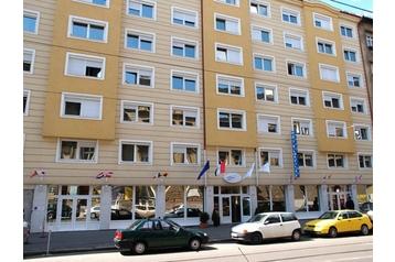 Hotel 13559 Budapest