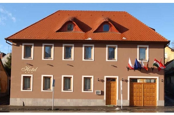 Hôtel 13705 Eger