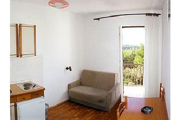 Apartmanház 14313