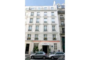 Hotel 14735 Paris