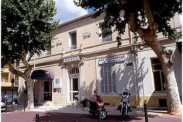 Hotel 15707 Hyères