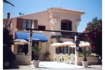 Hotel 15708 Hyères