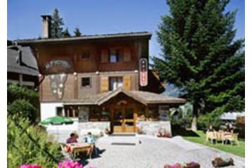 Hotel 15857 Megève