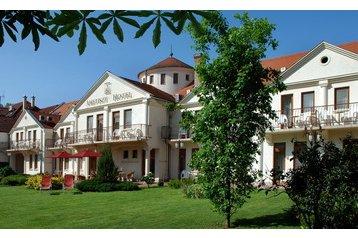 Hotel 16847 Harkány