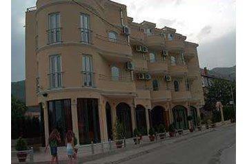 Hotel 16926 Bijela
