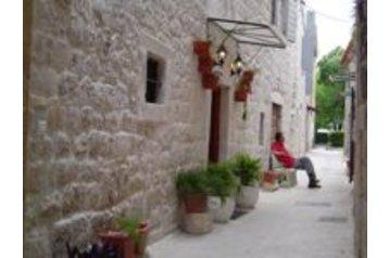 Hotel 17526 Trogir