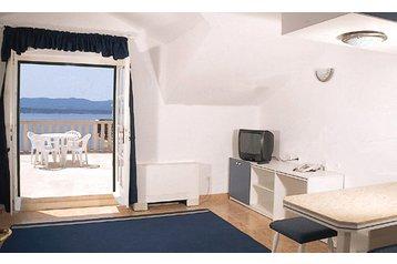 Hotel **** 17605