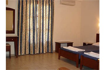 Nočitev 18054 Liapádes v Liapades – Pensionhotel - Apartmaji