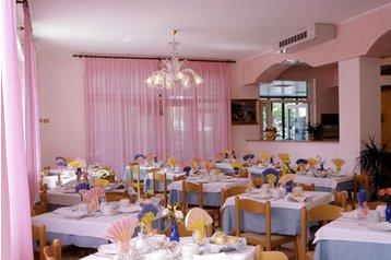 Hotel 18152 Lido di Jesolo - Pensionhotel - Hotels
