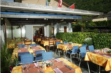 Hotel 18574 Cavigliano: hotels Cavigliano - Pensionhotel - Hotels