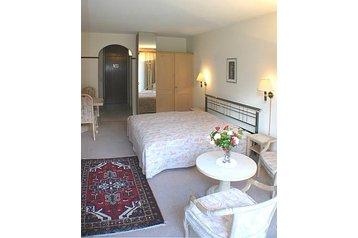 Hotel 19045 Losone: hotels Losone - Pensionhotel - Hotels