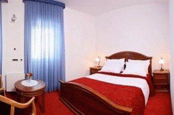 Hotel 19113 Seget Vranjica Seget Vranjica - Pensionhotel - Hotely