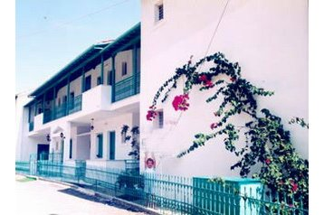 Hotel 19116 Perigiali