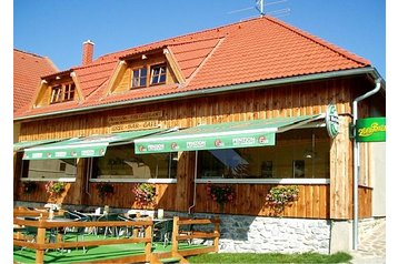 Pension 19421 Horní Planá: pension in Horni Plana - Pensionhotel - Guesthouses