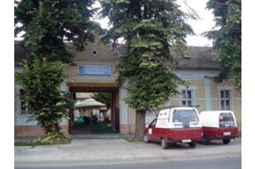 Serbia Penzión Apatin, Exterior