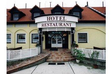 Hotel 21623 Töltéstava
