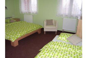 Hotel 22149 Hora Svaté Kateřiny - Pensionhotel - Hotels