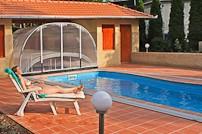 Ubytování s bazénem a saunou? Tenis? Pískoviště pro děti?