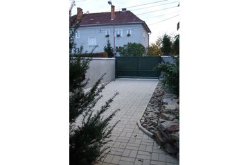Slovensko Chata Bojnice, Exteriér