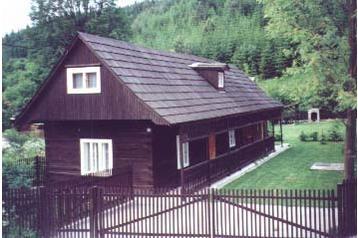 Słowacja Chata Kunerad, Zewnątrz