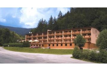 Slovensko Hotel Papradno, Exteriér