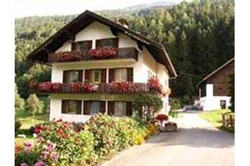 Rakúsko Privát Flattach, Exteriér