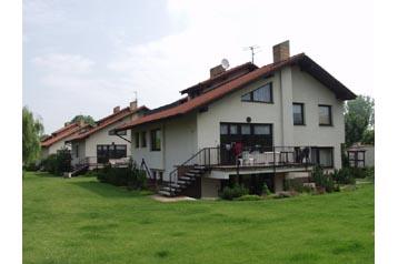Česko Chata Horoušany, Exteriér