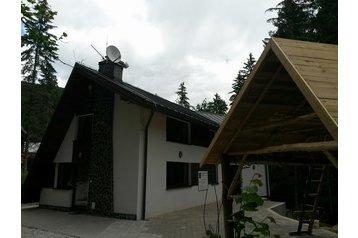 Slovensko Chata Krpáčovo, Krpáčovo, Exteriér