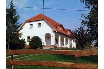 Maďarsko Privát Abádszalók, Exteriér