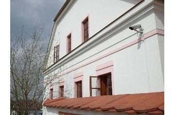 Česko Hotel Průhonice, Exteriér