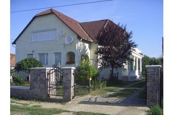 Maďarsko Byt Nyíregyháza, Exteriér