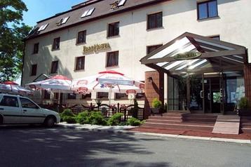 Polsko Hotel Modlnica, Exteriér
