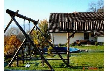 Slovensko Chata Čavoj, Exteriér