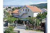 Fizetővendéglátó-hely Karin Gornji Horvátország
