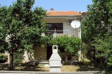 Hrvatska Chata Maslenica, Eksterijer