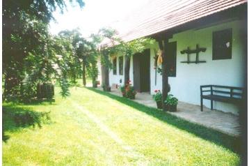 Maďarsko Chata Vértessomló, Exteriér