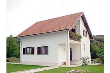Chorvátsko Privát Smoljanac, Exteriér