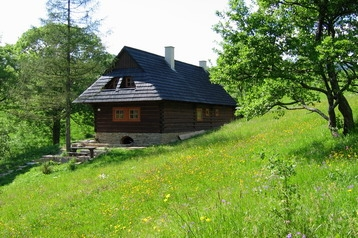 Slovakija Chata Huty, Eksterjeras