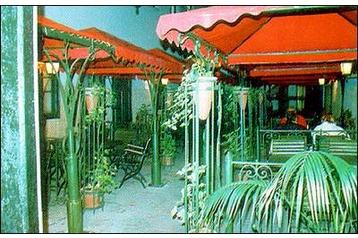 Węgry Hotel Gyula, Zewnątrz