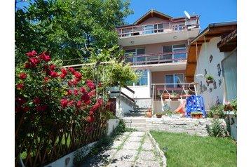 Bułgaria Chata Albena, Zewnątrz