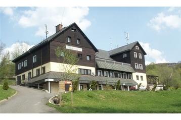 Czechy Hotel Benecko, Zewnątrz