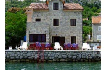 Čierna Hora Penzión Kotor, Exteriér